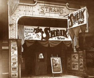 07-03-valentino-strand-theater
